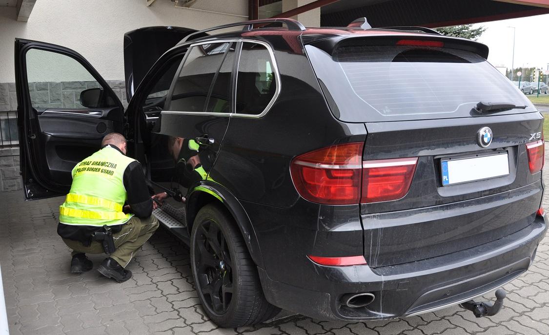 Skradzione W Niemczech Bmw X5 Zatrzymane W Korczowej Aktualności