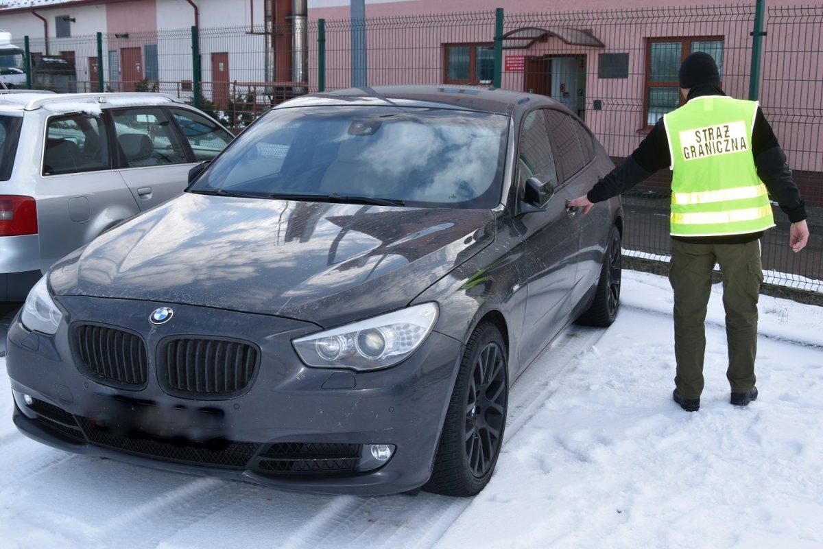 970cb2e533560 Skradzione luksusowe BMW 5 GT zatrzymane na granicy - Aktualności ...